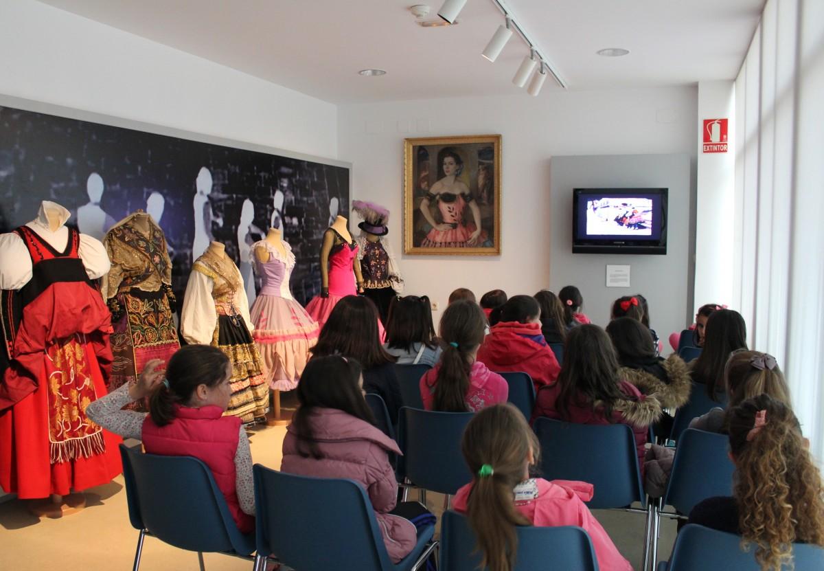 Escuela Danza Arroyo Encomienda en Museo Mariemma (1)